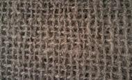 tissage de fines cordelettes de coco